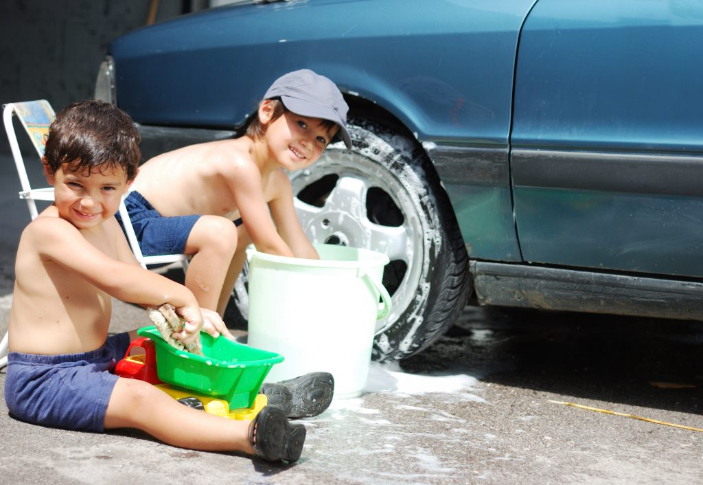 summer fun for kids: wash the car